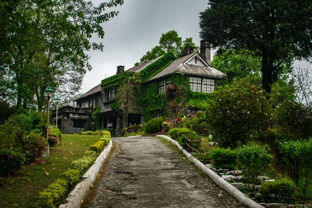 best Hotels to stay in kalimpong